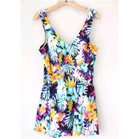 2ce3b67394b10 Le Cove Swim Suit Dress One Piece Floral Skirt NEW